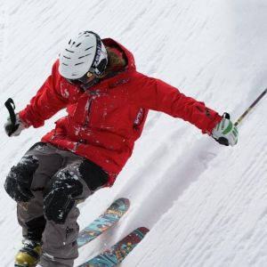 Hand Surgery required after skiiers thumb by Dr Ian Yuen
